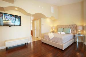 Villa Paradiso, Dovolenkové domy  Cape Coral - big - 8