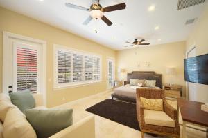 Villa Paradiso, Dovolenkové domy  Cape Coral - big - 28