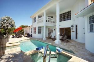 Villa Paradiso, Dovolenkové domy - Cape Coral