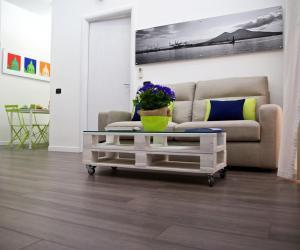 Scugnizzo Apartment - AbcAlberghi.com
