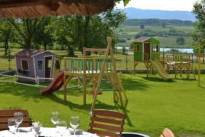 My Soul, Bed & Breakfast  Knić - big - 39