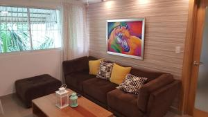 Completely Remodeled Zona Universitaria Apartment