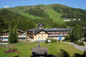 Familienhotel Hinteregger - Hotel - Katschberghöhe