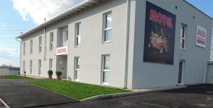 AVIA Motel Bisamberg - Klosterneuburg
