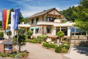 4 hvězdičkový hotel Hotel Villa Marburg im Park Heigenbrücken Německo