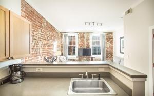 obrázek - Bay Street Loft 203 - One Bedroom Condo