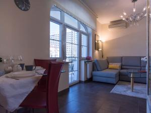 VacationClub - Trzy Korony Wazów Apartment 15