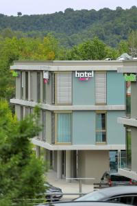 qubixx stadtmittehotel - Cröffelbach
