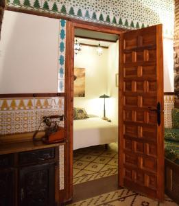 obrázek - Arabic Flat under Alhambra