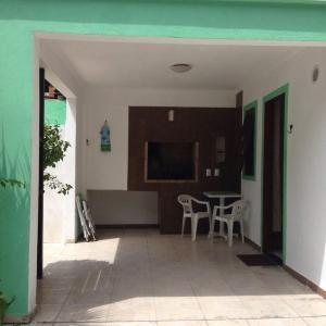 Residencial Gringos Verde e Laranja, Апартаменты  Бомбиньяс - big - 3
