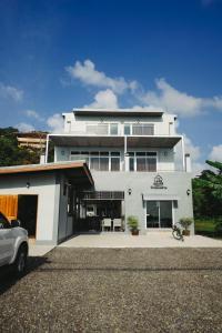 The Lake House - Ban Nam Krachai