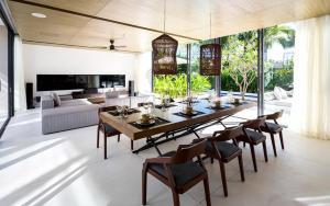 Madam Luxury Beachfront Villa - Tân Lưu