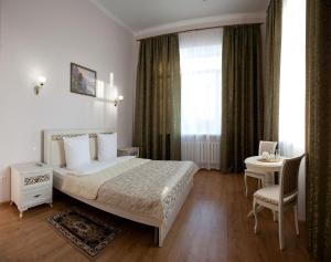 Отель Никольская