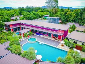 The Canal Garden Resort