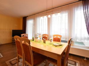 Amazing Holiday home in Am Salzhaff with Terrace