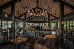 Four Seasons Resort the Nam Hai (37 of 40)
