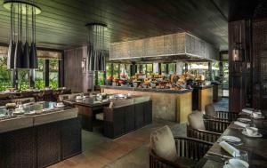 Four Seasons Resort the Nam Hai (40 of 40)