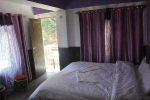 The Ace Pine Valley, Hotely  Pelling - big - 7