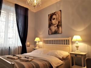 Chmielna Guest House - Warsaw