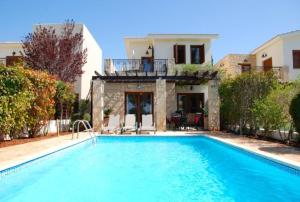 """You have Found the Perfect Luxury Villa in Paphos″ – Destu"