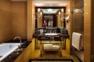 Chongqing Aowei Hotel, Hotels  Chongqing - big - 42