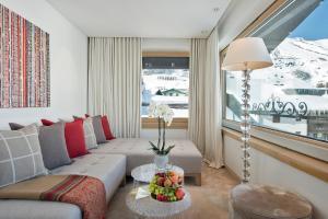 Zürs Hotels