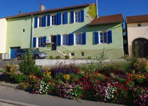 Location gîte, chambres d'hotes Chambres d'hôtes Au presbytère dans le département Moselle 57