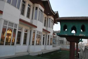 Kaisar, Hotels  Srinagar - big - 29