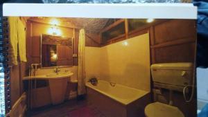 Houseboat Palace Heights, Hotely  Srinagar - big - 56