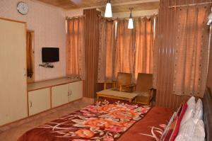 Kaisar, Hotely  Šrínagar - big - 6