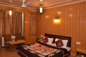 Kaisar, Hotely  Šrínagar - big - 5