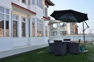 Kaisar, Hotely  Šrínagar - big - 33