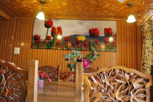 Kaisar, Hotels  Srinagar - big - 7