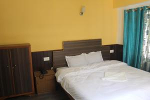 The Ace Pine Valley, Hotely  Pelling - big - 8