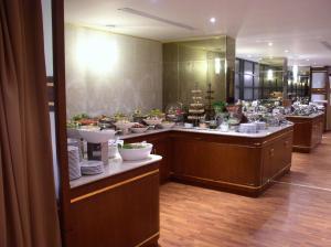Swiss International Al Hamra Hotel, Szállodák  Dammam - big - 42