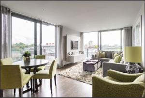 1 Bedroom Chelsea Flat- 4 Sleeps - Kensington