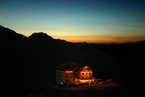 Hotel Folgore - Passo Stelvio / Prad am Stilfserjoch