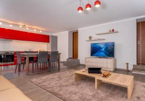 Casa Nicolae Luxury Suites - Hotel - Sibiu