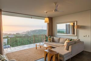 . Dash Luxury Apartments