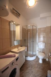 Apartment Jure, Apartmanok  Trogir - big - 21