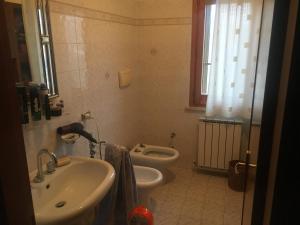 Camera Singola ad Agello - Single Room in Agello - AbcAlberghi.com