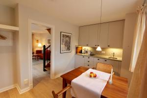 Ulenhof Appartements, Ferienwohnungen  Wenningstedt-Braderup - big - 13