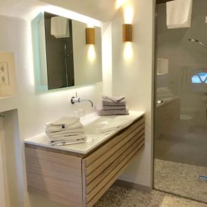 Ulenhof Appartements, Ferienwohnungen  Wenningstedt-Braderup - big - 68