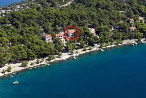 Apartments and rooms by the sea Mali Losinj (Losinj) - 10420