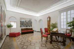 Genova46 Suites & Rooms - AbcAlberghi.com