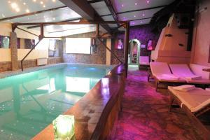 Club Satelit Zlatibor, Bed and Breakfasts  Zlatibor - big - 51