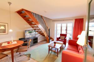 Ulenhof Appartements, Ferienwohnungen  Wenningstedt-Braderup - big - 53