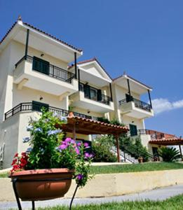 Aristi Studio Apartments