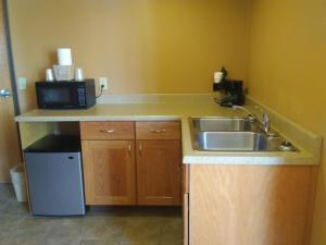 Prairie Inn & Suites, Hotels  Holmen - big - 19