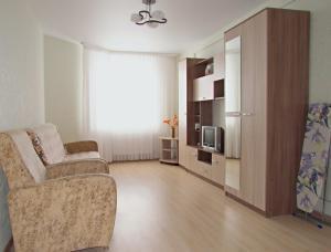 Apartment on Frontovaya 4 - Pyatiletka